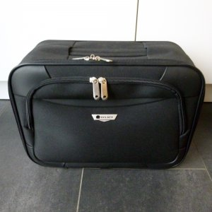 Suitcase black synthetic material