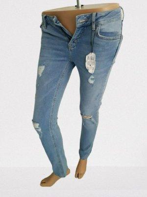 Denim & Co Jeans Neu mit Etikett Gr 34 sehr hüftig Strech, Risse, Löcher 98% Cotton