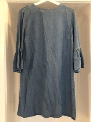 Denimkleid von Zara