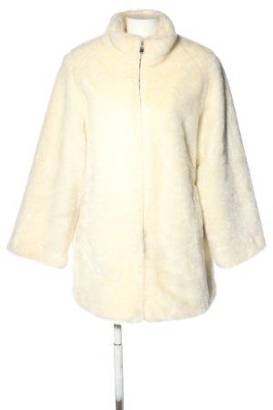 Dennis Basso Fake Fur Coat cream casual look