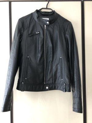 Vero Moda Veste en cuir synthétique noir