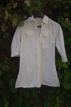 Der Klassiker: Die weiße Bluse