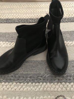 Derbe Ankle Boots Tamaris Neu