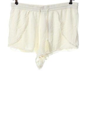 derek heart Hot Pants cream casual look