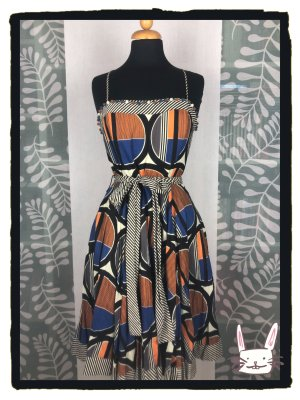 Derhy Fit-and-Flare Kleid mit graphischem Druck