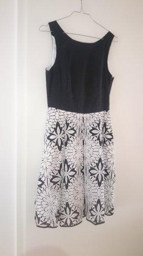 DERHY Kleid Midikleid Cocktailkleid schwarz weiß Spitze Gr. S