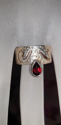 Anello d'argento rosso-argento