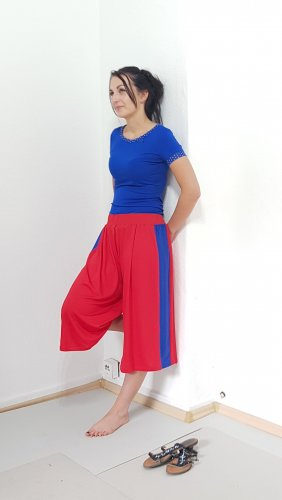 3/4 Length Trousers red-blue viscose