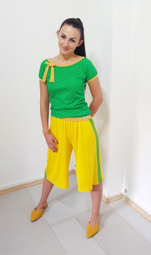 3/4 Length Trousers yellow-grass green viscose