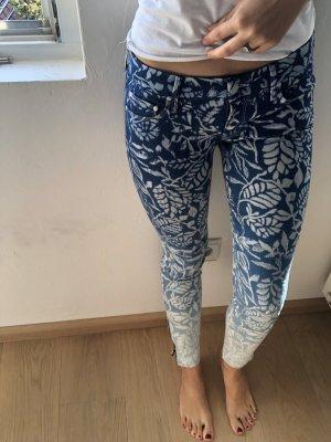 Designer Jeans mit Muster
