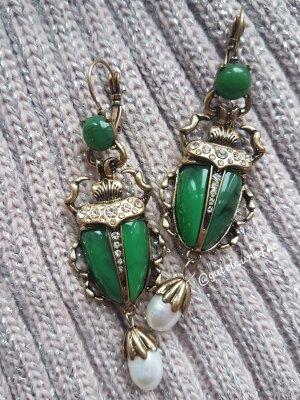 """Designer Ohrringe """"Scarabäus"""" Scarab Käfer smaragdgrün mit echten Baroque Perlen Eyecatcher"""