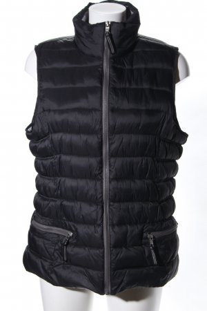 DESIGNER'S Quilted Gilet black quilting pattern casual look