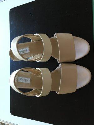 Designer Sandale mit transparentem Blockabsatz