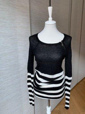 Designer Streifenpulli Scharz-Weiß von Margit Brandt, leicht aber warm