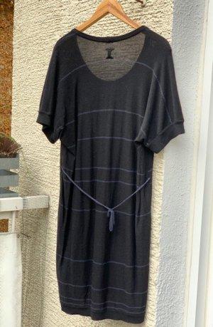 Designer Strickkleid von Hannes und Roether