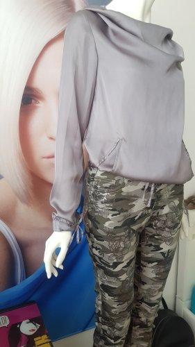 designerhose gewachst camouflage stretch und seidenblouson grey kapuze small