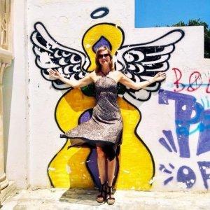Sukienka z dekoltem typu halter Wielokolorowy