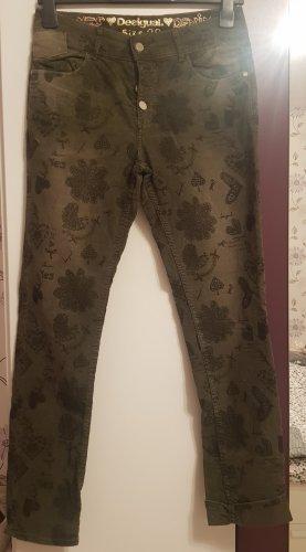 Desigual Pantalon en velours côtelé vert olive-kaki