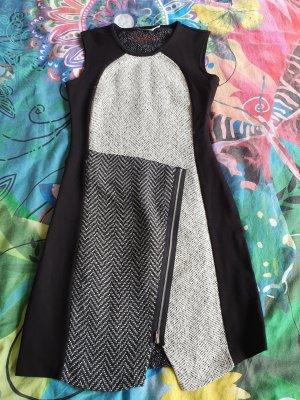 Desigual Sukienka z krótkim rękawem biały-czarny