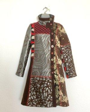 Desigual Mantel Gr. 38 schwarz und rot