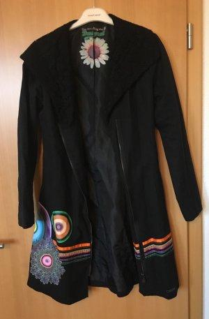 Desigual-Mantel in schwarz, wie neu