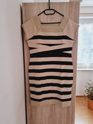 Best Connections A Line Dress black-gold-colored