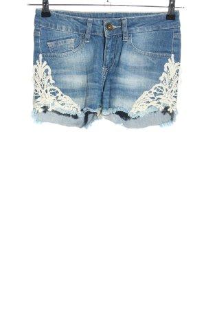 Detroit 37 Denim Shorts blue casual look
