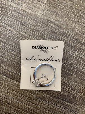 Diamonfire Ring mit großem Zirkonia - Diamantschliff
