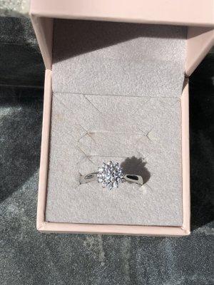 Diamonique Srebrny pierścionek srebrny