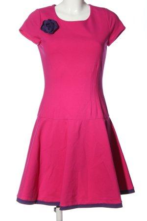 Diane von Furstenberg Vestido de manga corta rosa elegante