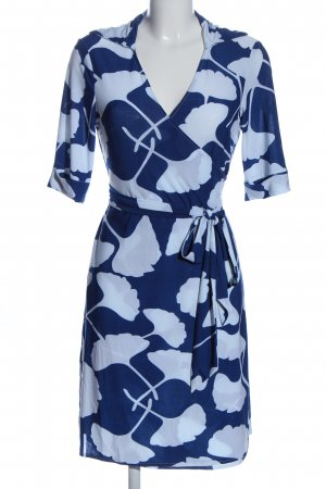 Diane von Furstenberg Vestido cruzado azul-blanco look casual