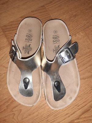 Dianette sandalen goud
