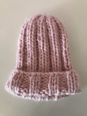Zara Cappello a maglia rosa
