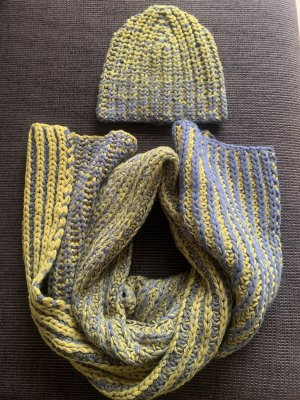 COS Woolen Scarf grey-lime yellow