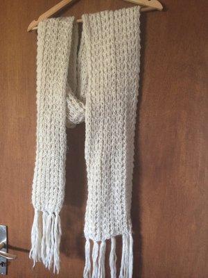 Gehaakte sjaal wit