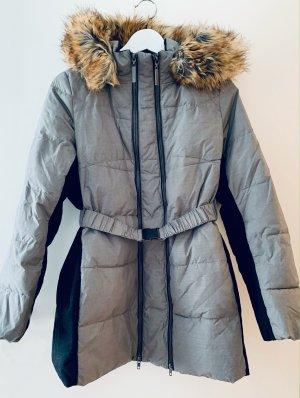 Die perfekte Umstandsjacke für Herbst und Winter