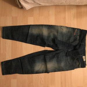 DIESEL Boyfriend Jeans - perfekt für den Sommer!
