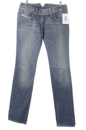 Diesel Industry Straight-Leg Jeans stahlblau Street-Fashion-Look