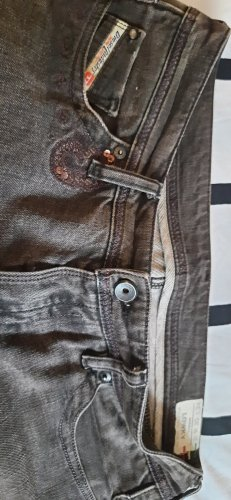 Diesel Jeansy z prostymi nogawkami szary