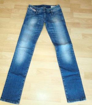Diesel Jeansy z prostymi nogawkami niebieski-błękitny Bawełna