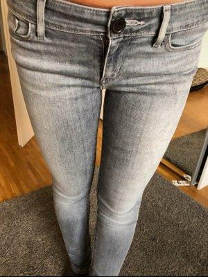 Diesel Jeans Skinny Neuwertig gr 26/32