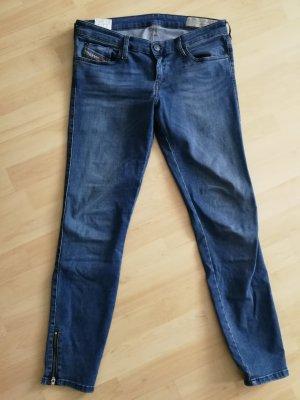 Diesel Jeans - Skinzee Low Zip
