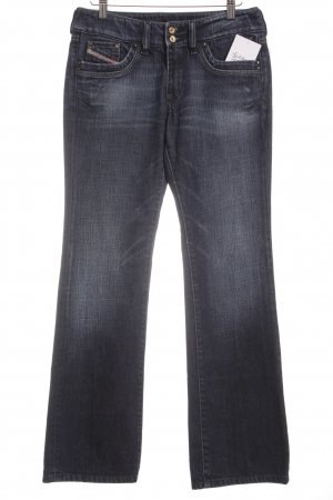 Diesel Jeansschlaghose dunkelblau Street-Fashion-Look