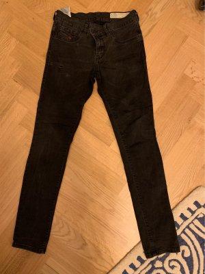 Diesel skinny jeans 28