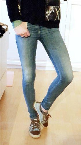 diesel skinzee super slim skinny regular waist w24