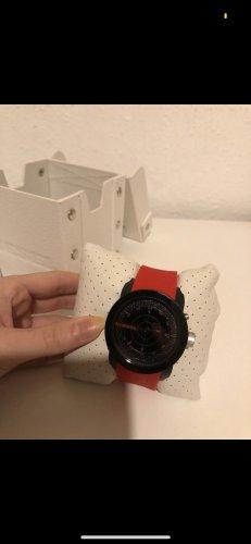 Diesel Uhr in Rot