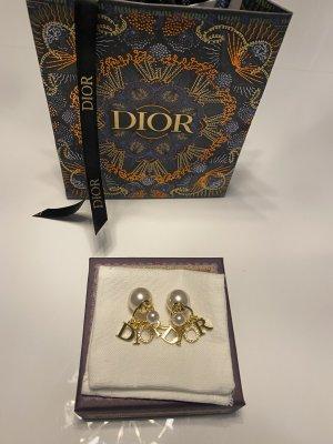 Christian Dior Pendientes de oro color oro