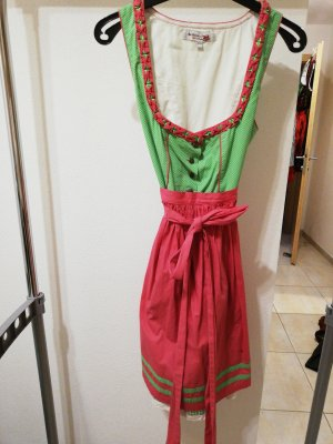 Vestido tradicional rosa-verde claro