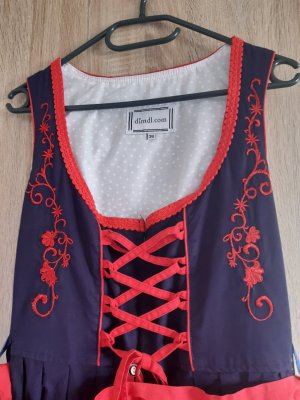 Dirndl red-blue