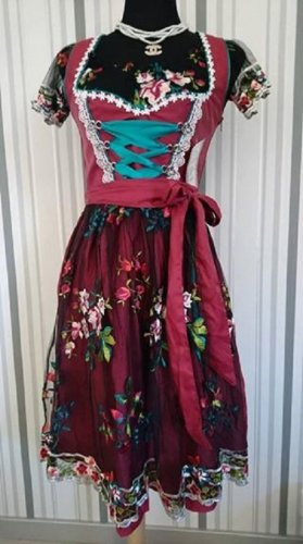 Dirndl red-black mixture fibre